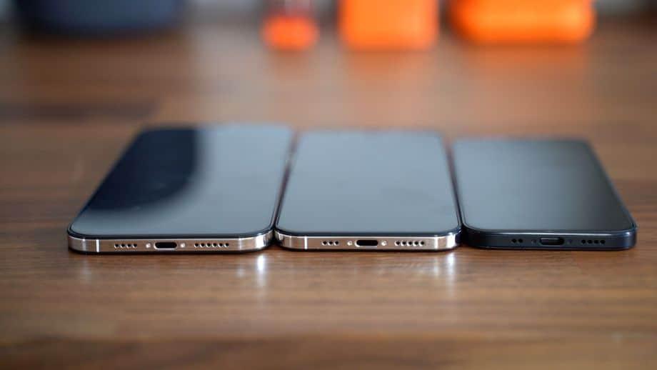 iphone 12 velkost