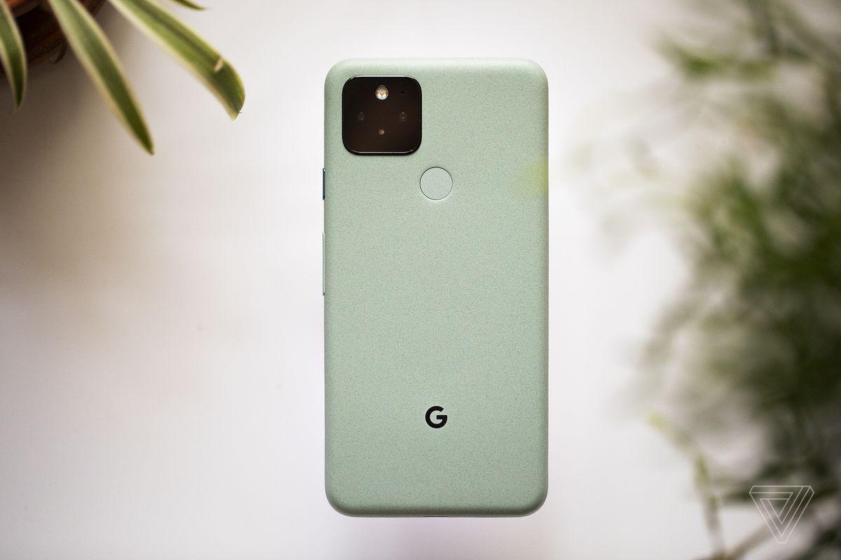 Google aplikácia Telefón vám počas zvonenia oznámi, kto volá